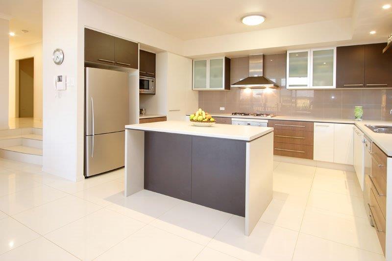 Light-Timber-Cabinetry-Kitchen-Brisbane