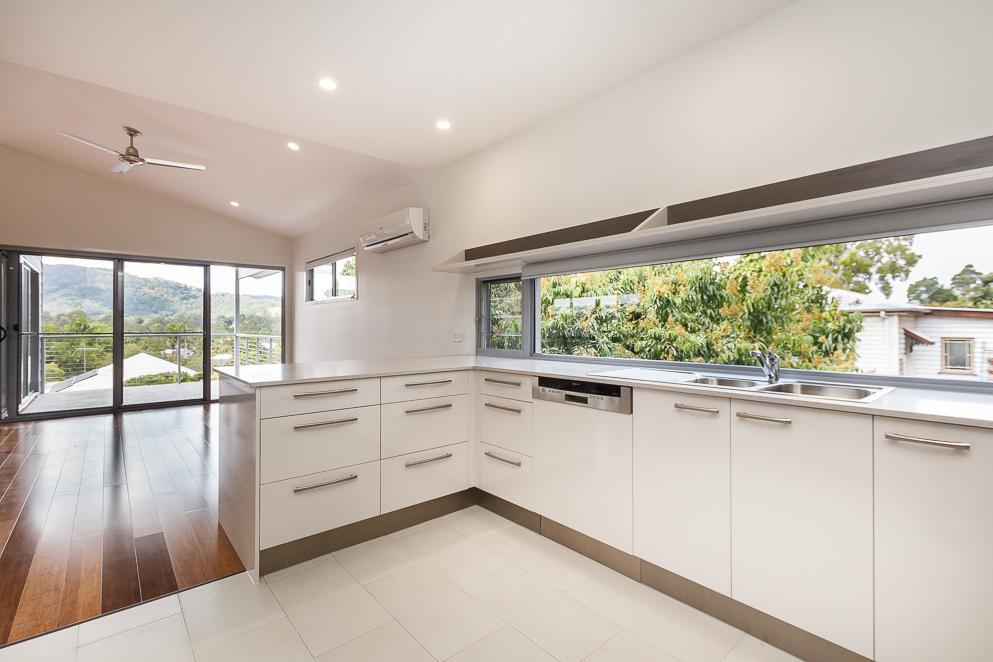 Modern-Kitchen-Imperial-Kitchen