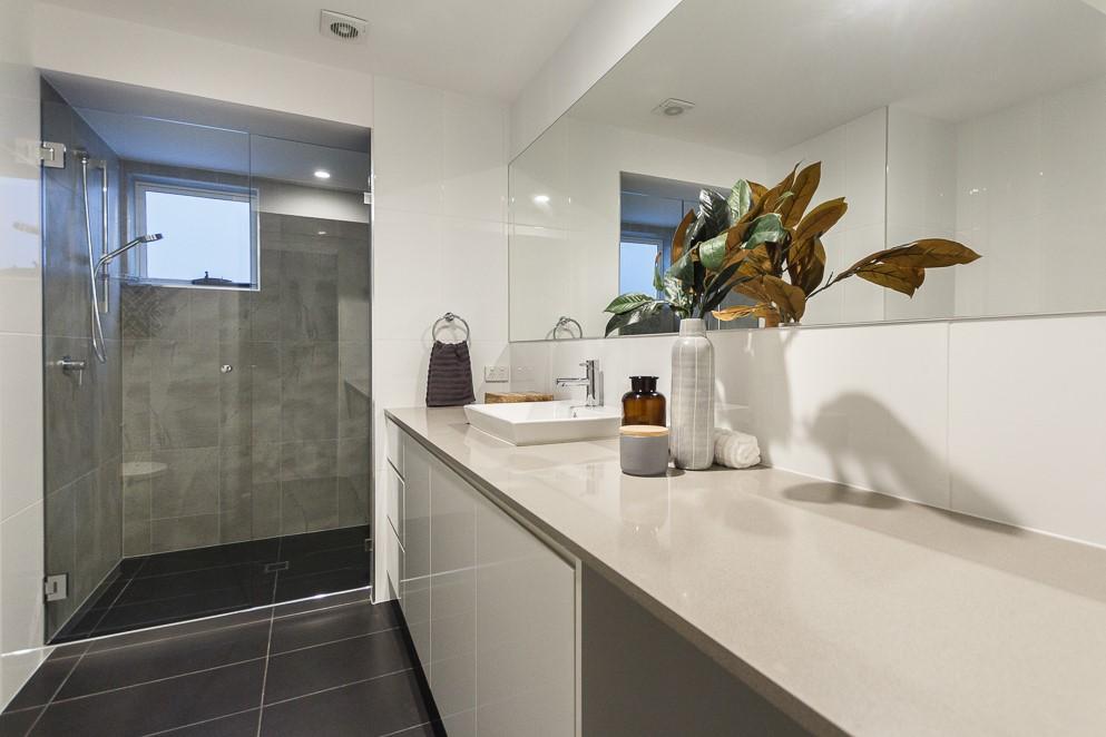 Bathroom-Vanity-Stone-Bench-tops-Brisbane-Imperial-Kitchens-2