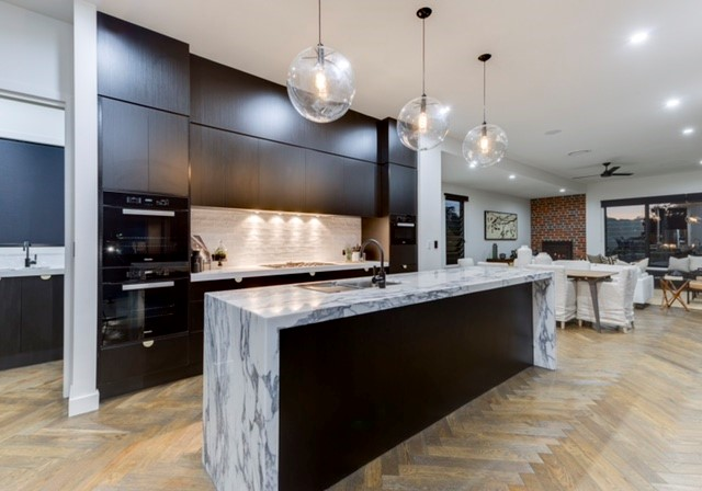 Coorparoo-Kitchen-Waterfall-End-Imperial-Kitchens