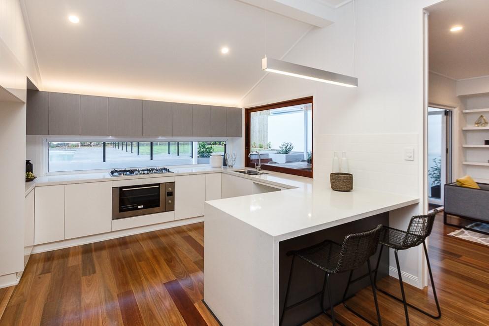 Modern-Kitchen-Shadowline-Construction-Stone-Bench-tops-Paddington-Imperial-Kitchens-1