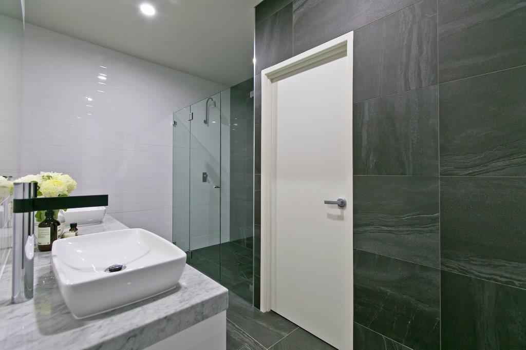 Custom-Vanities-Brisbane-Gold-Coast-Ceaser-Stone-Vanity-Top