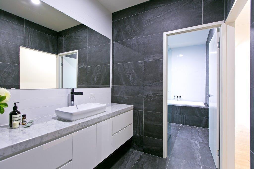 Custom-Vanities-Brisbane-Gold-Coast-Stone-Vanity-Bench-Top-with-Crisp-White-Cupboards