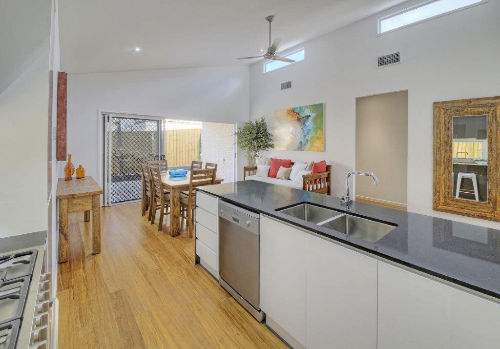 Kitchens-Renovations-Brisbane-Black-Island-Bench-Top