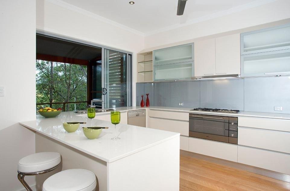 Kitchens-Renovations-Brisbane-Light-Blue-Splashback