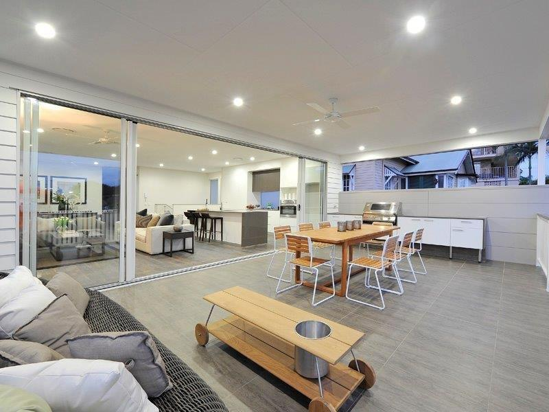 Outdoor-Kitchens-Brisbane-Outdoor-BBQ-With-Entertainment-Area