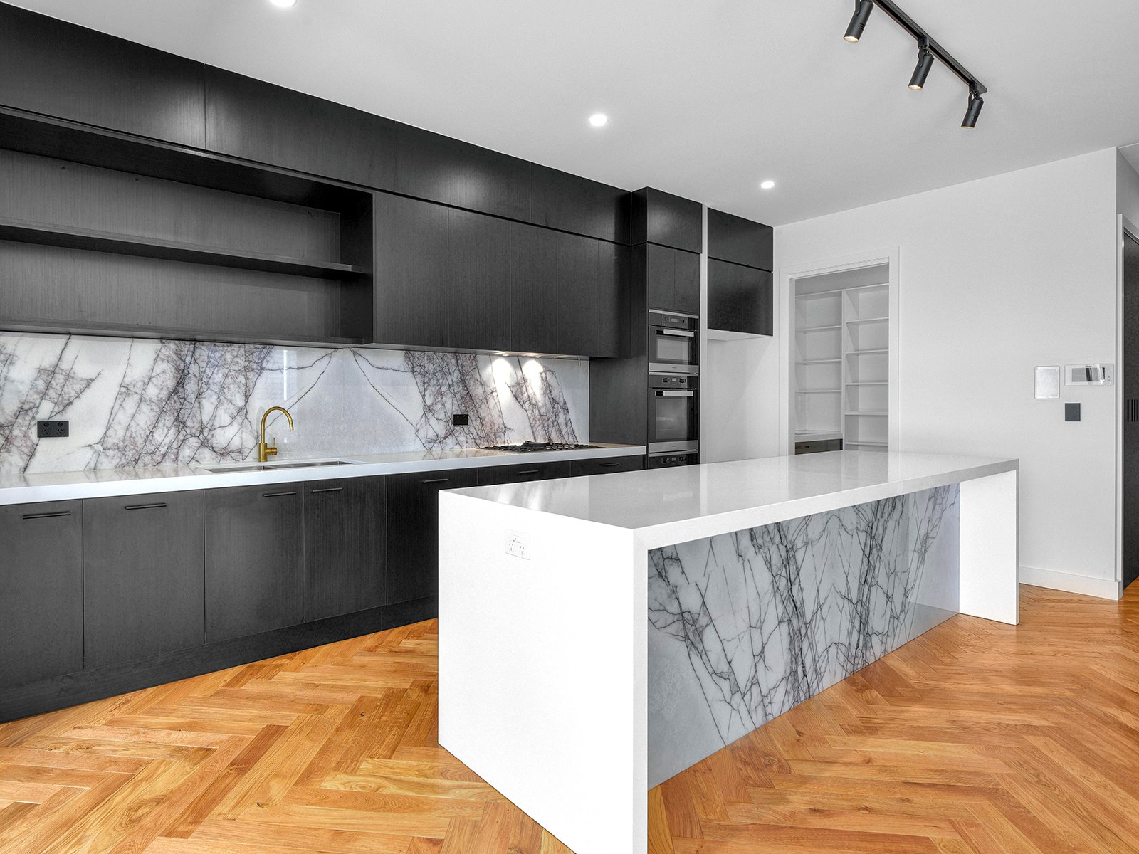 Kitchen-white-waterfall-end