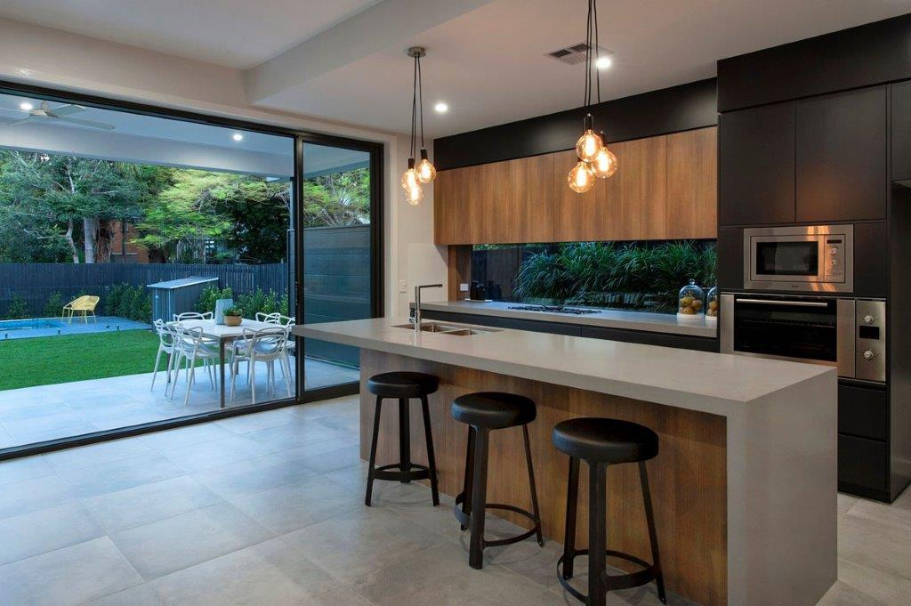 Modern Kitchen Designs Brisbane   Hawthorne CaesarStone Bench Tops