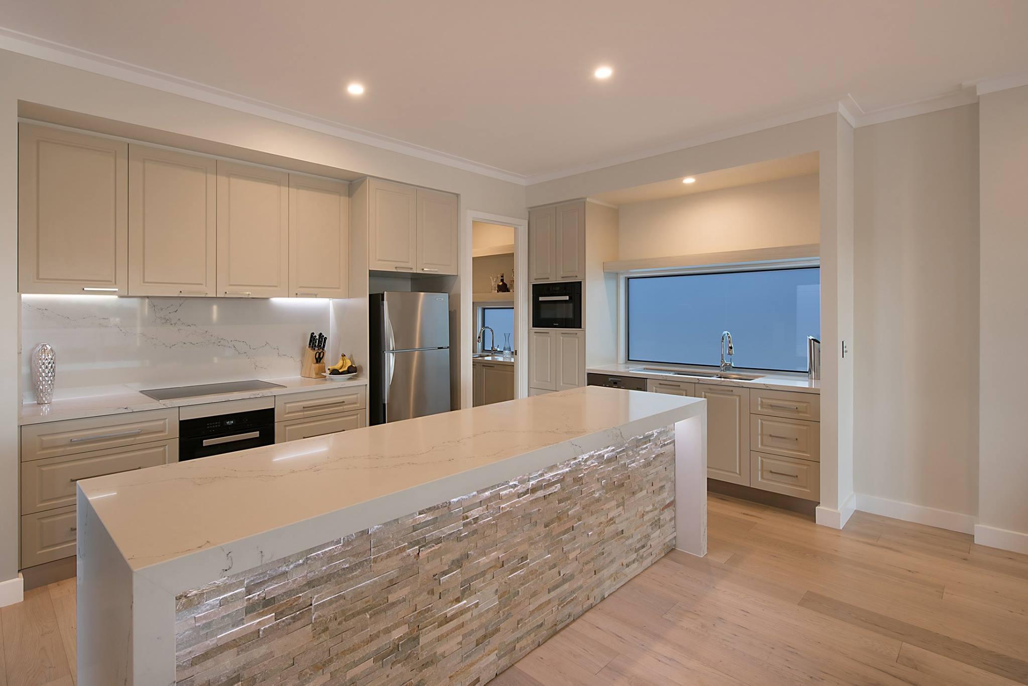 Custom-kitchen-island-bench-stone-benchtops-neutral-colours-Brisbane-Gold-Coast