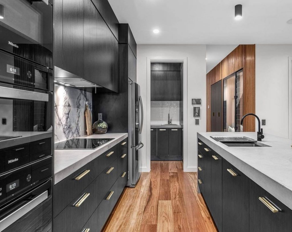 Without any home appliances can not do in the modern kitchen