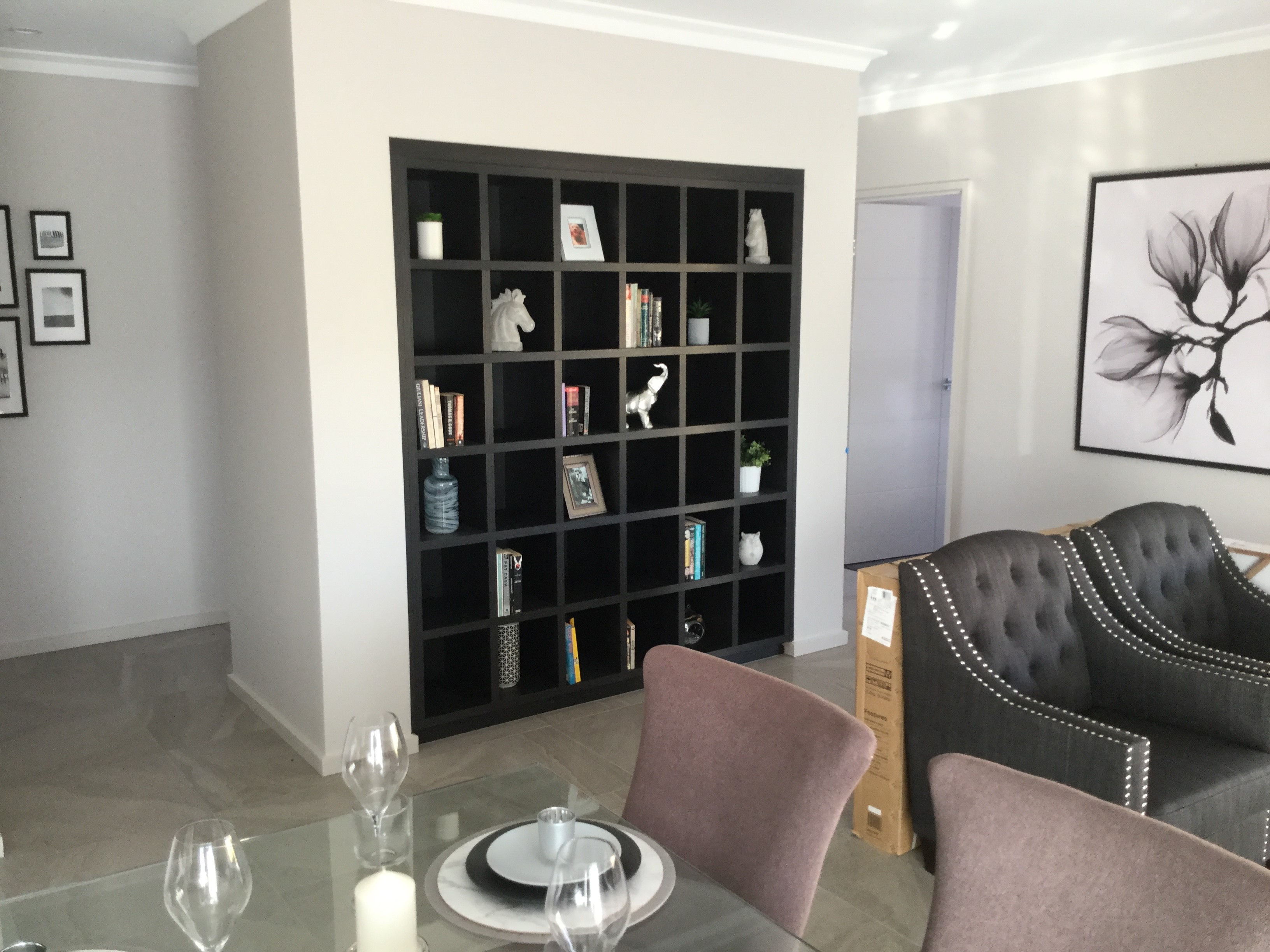 Custom-wall-unit-display-cabinet
