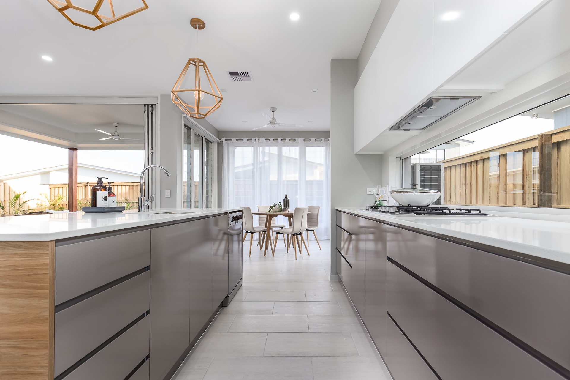 Kitchen-Caloundra-finger-pull-drawers