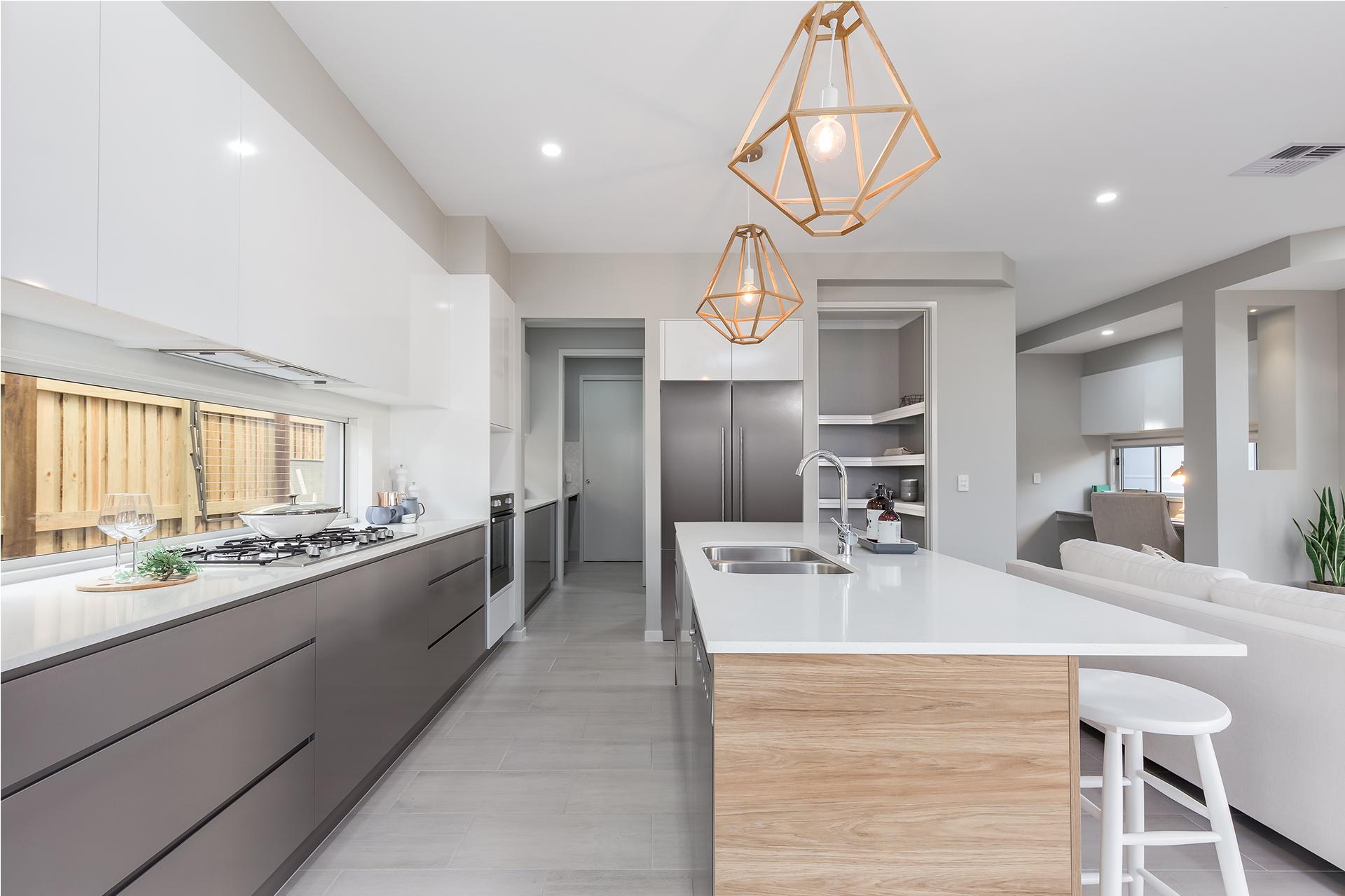 Kitchen-Caloundra-white-benchtop-timbergrain