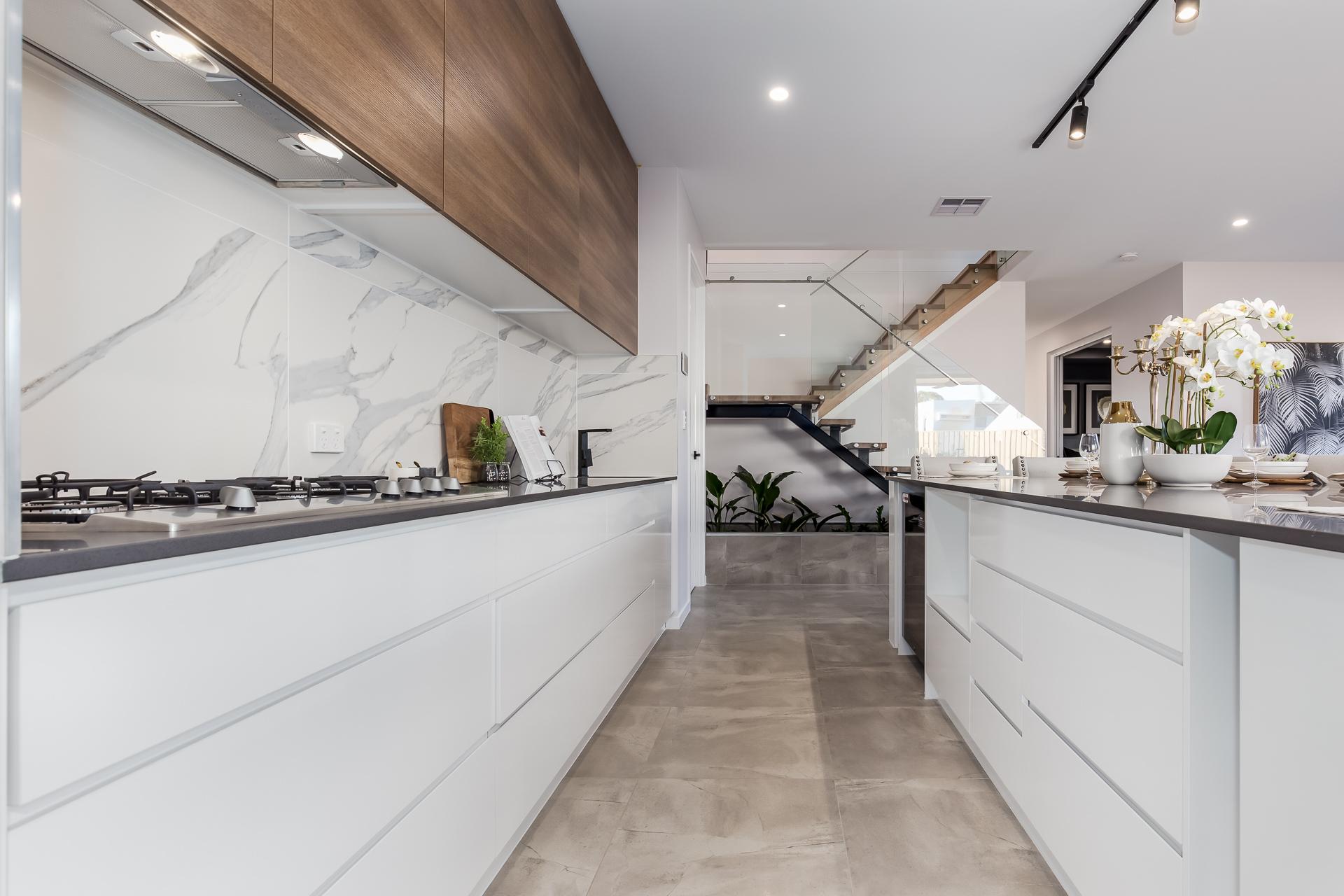 Kitchen-Newport-white-finger-pull