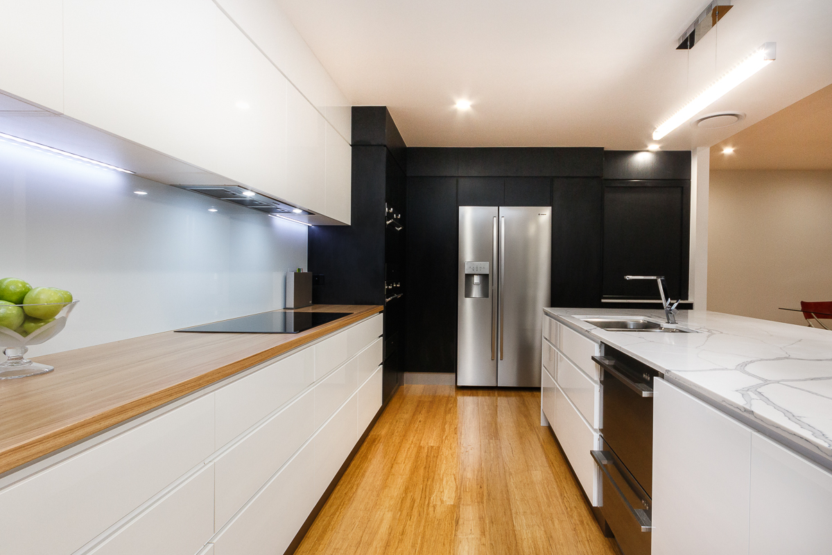 Kitchen-contemporary