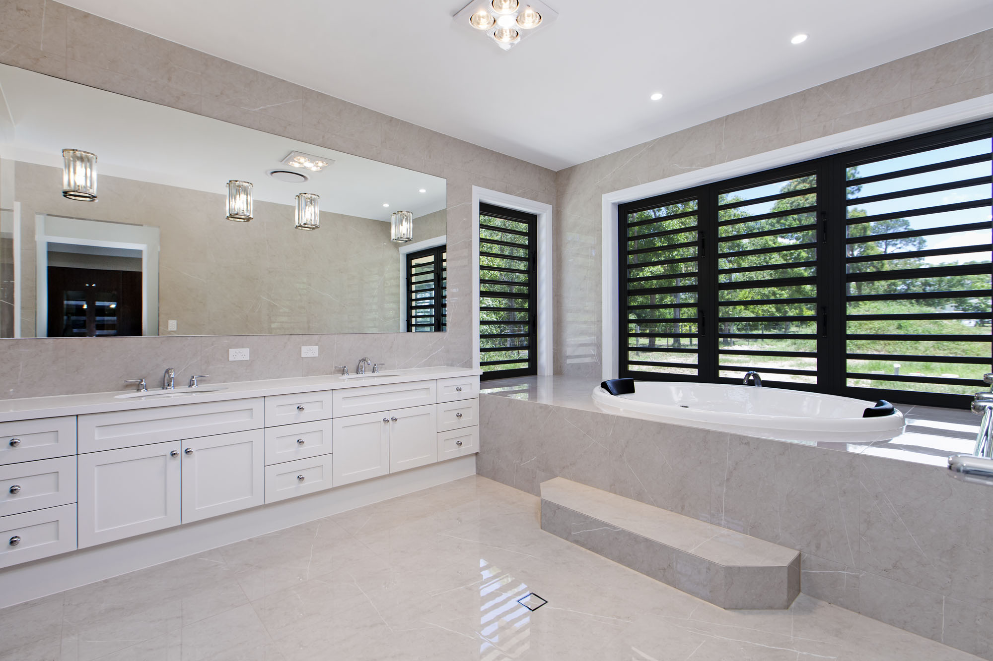 Custom-vanity-luxury-bathroom-Brisbane-Gold-Coast