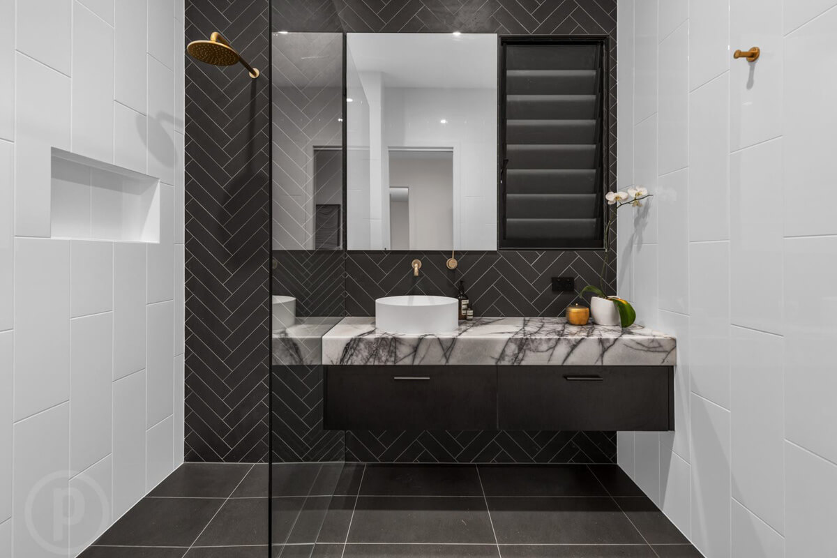 Black vanity Brisbane tiled splashback